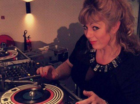 DJ Miss Twist gaat De Kansenfabriek laten dansen op 13 december